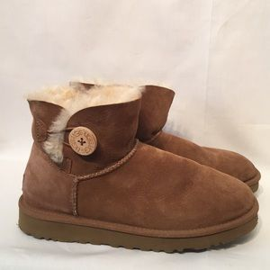 Ugg Booties Size 7 Excellent Preowned Condition